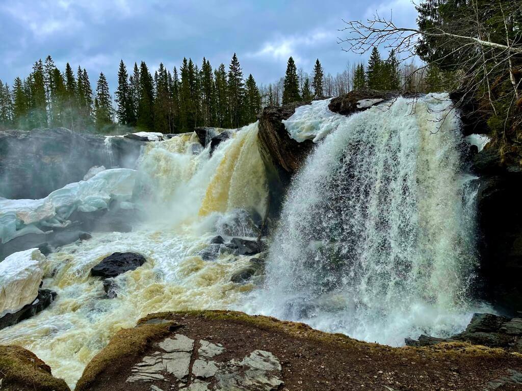 Ristafallet-Åre-Travel